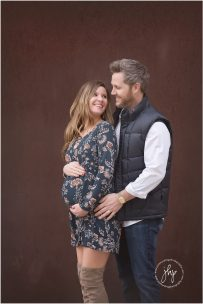 fort_worth_maternity_outdoor_session_modern_museum_ulie_harding_photography0528pp_w768_h114829.jpg