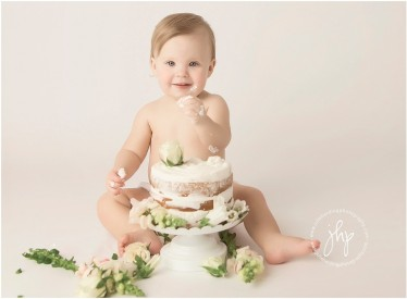 one_year_birthday_cake_smash_session_julie_harding_photography_fort_worth1728pp_w768_h56429.jpg