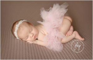 studio newborn session fort worth julie harding photography0328pp w768 h50229 300x196 - studio_newborn_session_fort_worth_julie_harding_photography0328pp_w768_h50229.jpg