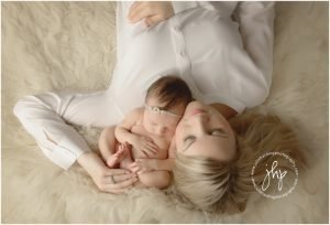 studio newborn session fort worth julie harding photography1528pp w768 h52229 300x204 - studio_newborn_session_fort_worth_julie_harding_photography1528pp_w768_h52229.jpg