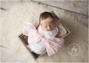 studio newborn session fort worth julie harding photography1628pp w768 h54929 300x214 - studio_newborn_session_fort_worth_julie_harding_photography1628pp_w768_h54929.jpg